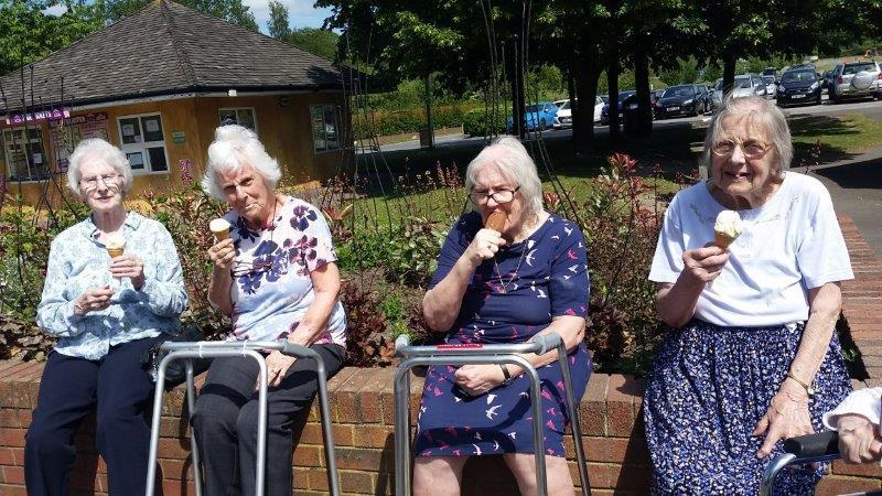 Borough Care Residents Get Out And About With Oomph!